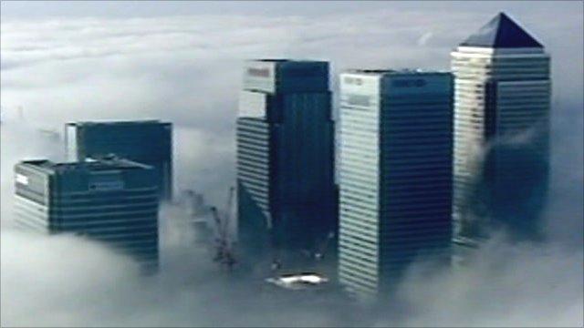 London financial district buildings