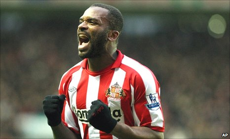Darren Bent celebrates scoring against Blackburn