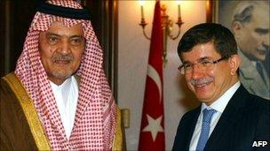 Prince Saud Al-Faisal (L) and his Turkish counterpart Ahmet Davutoglu, 12 Jan 2011