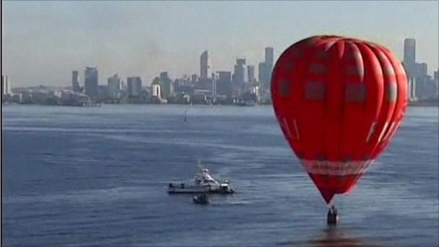 Emergency landing for hot air balloon