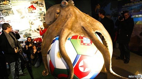 Paul the Octopus memorial