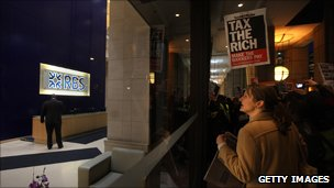Protest against bank bonuses outside RBS