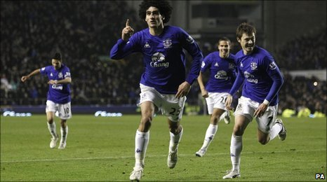 Everton's Marouane Fellaini celebrates his goal