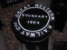 Railway boundary marker