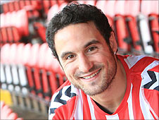 Eamon Zayed has signed for Derry City