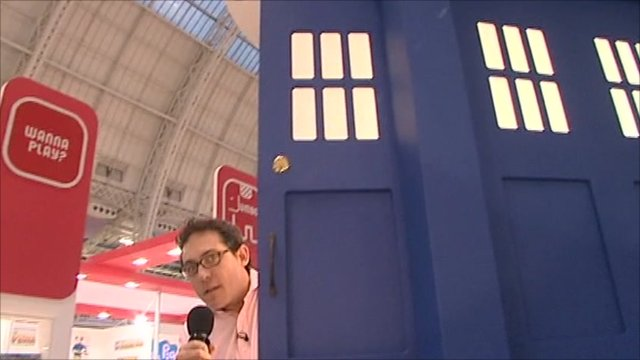 Simon Jack and a Dr Who police box