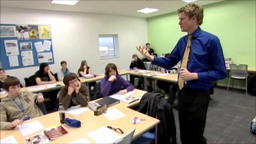 Dr Tristram Hunt teaches class
