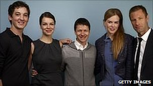 Rabbit Hole cast Miles Teller, Tammy Blanchard, Nicole Kidman and Aaron Eckhart pose with director John Cameron Mitchell (centre)