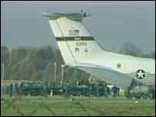 Cruise missiles leave Greenham Common Airbase