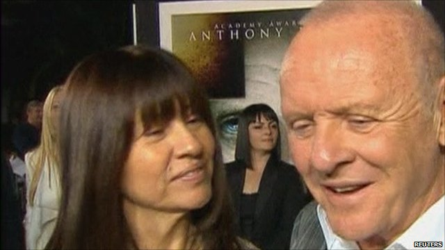 Sir Anthony Hopkins (r) and wife Stella Arroyave