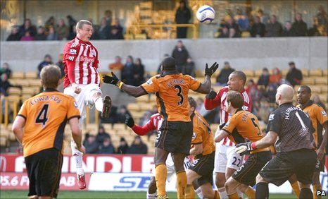 Robert Huth rises to head home the winner