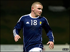 Burnley and Scotland U-21 striker Alex MacDonald has moved to Inverness CT on loan