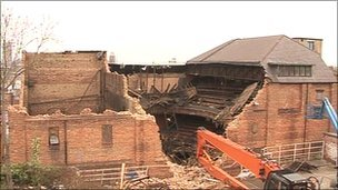 Hippodrome damage