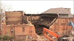 Hippodrome damage