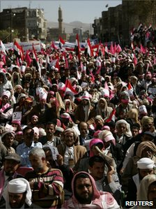Opposition supporters attend an anti-government rally in Sanaa 27/01