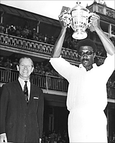 Clive Lloyd holds aloft the Cricket World Cup