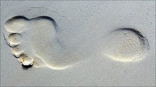 Footprint in sand (Image: BBC)