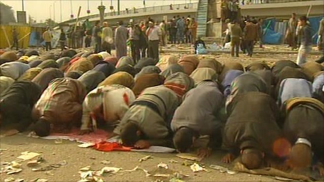 Prayers in Cairo