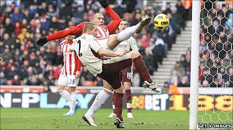 John Carew powers in the equaliser