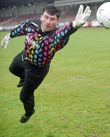 Lindsay Hamilton in his days at Dunfermline
