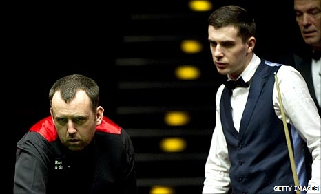Mark Willliams (left) and Mark Selby (right)