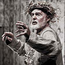 Sir Derek Jacobi in King Lear (photo by Johan Persson)