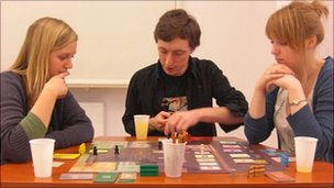 Students playing Kolejka, 5 Feb 11