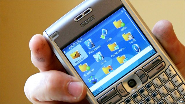 Nokia E61 mobile phone