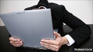 http://news.bbcimg.co.uk/media/images/51174000/jpg/_51174127_laptopman_think304.jpg
