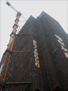 Wuhan skyscraper under construction