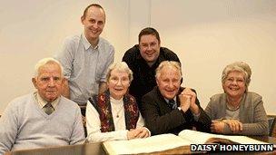 (l to r) Keith Edwards, Rob Edwards, Mary Edwards, Richard Buckworth-Herne-Soame, Sir Charles Buckworth-Herne-Soame, Lady Eileen Buckworth-Herne-Soame