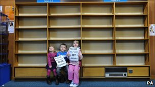 Library protest in Milton Keynes