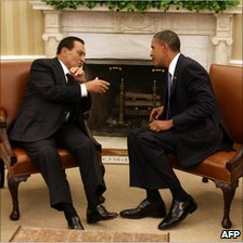 File picture dated 1 September 2010 shows US President Barack Obama (R) speaking with Egyptian President Hosni Mubarak in the Oval Office in Washington