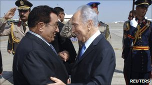 Egyptian President Hosni Mubarak and Israeli President Shimon Peres in Sharm el-Sheikh - photo October 2008