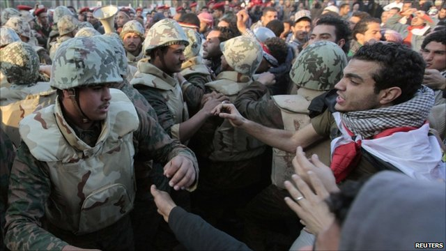 Army and protesters in Cairo