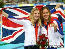 Rebecca Adlington (left) with Joanna Jackson at Beijing 2008
