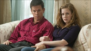 Amy Adams with Mark Wahlberg in The Fighter