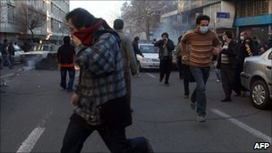 Clash between protesters and police in Tehran (14 February 2011)