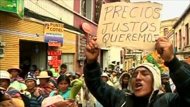 Bolivian protesting at high food prices