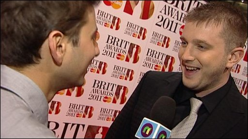 Brits: Awards 2011 - Plan B chats to Ricky