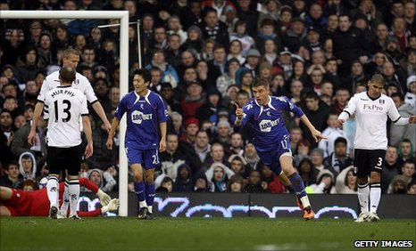 Ivan Klasnic scores for Bolton
