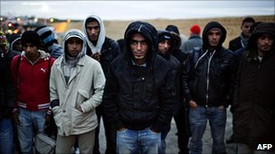 Migrants on Lampedusa, 21 Feb 11