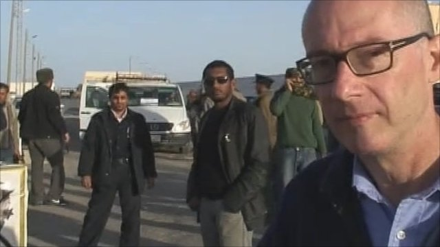 Jon Leyne at Tunisia Libya border