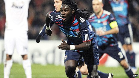 Lyon's Bafetimbi Gomis celebrates his goal