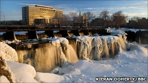 Ice caking the Rideau Falls in Ottawa