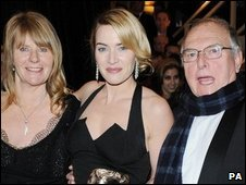 Kate Winslet with her parents