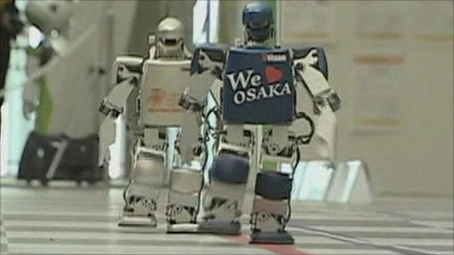 Mini-robots competing in the marathon