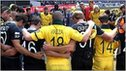 New Zealand and Australia players show their respects to the victims of the Christchurch earthquake