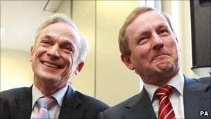Richard Bruton (l) and Enda Kenny