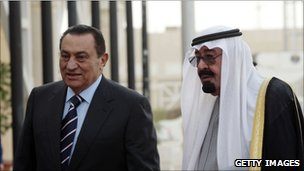 Former president of Egypt Hosni Mubarak (left) with King Abdullah of Saudi Arabia
